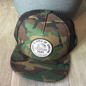 NWT Vans Camo Snapback Hat